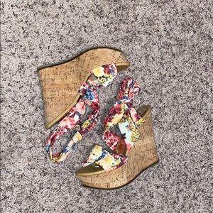 Zigi Soho Flowered Wedge